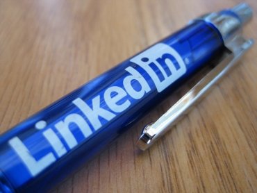 Make Your LinkedIn More Sales Centric