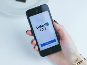 How to Use LinkedIn Live for Your Brand